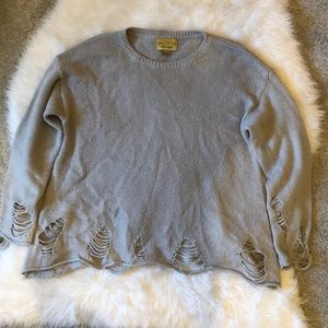 VGUC Large Wildfox White Label Distressed Sweater!